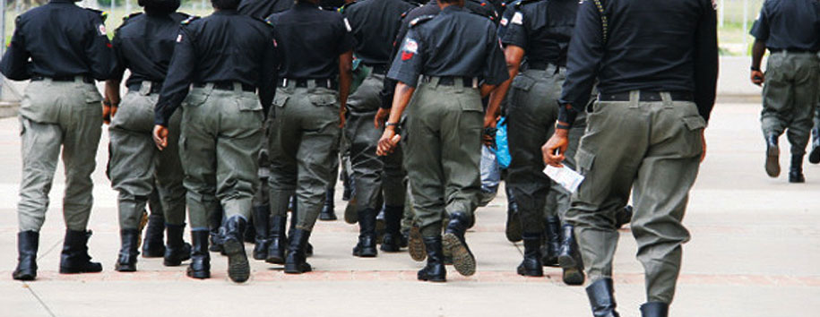 Edo State police parades 10 robbery suspects