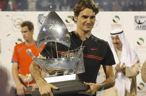 Federer Beats Murray to claim Dubai title