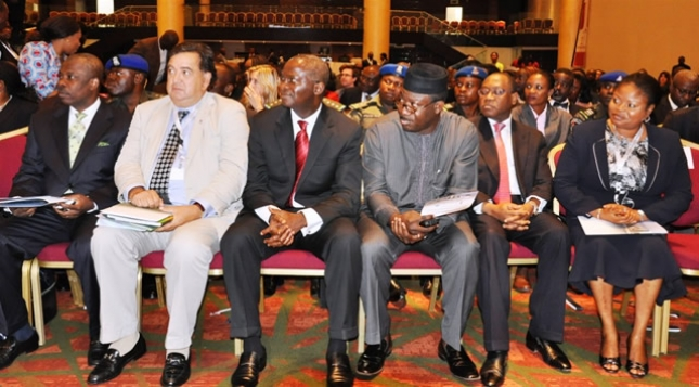 EHINGBETI 2012: Lagos is bubbling with opportunities, Fashola tells investors