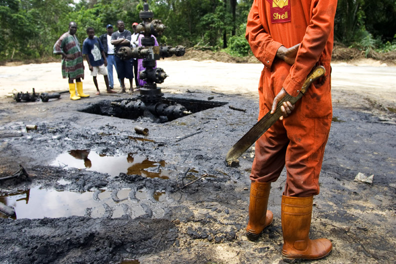 Four Nigerian farmers sue Shell in Dutch court over pollution