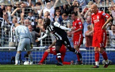 Papiss Cisse sinks liverpool as Tottenham spanks Swansea