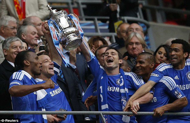 Chelsea defeats Liverpool 2- 1 to lift FA Cup