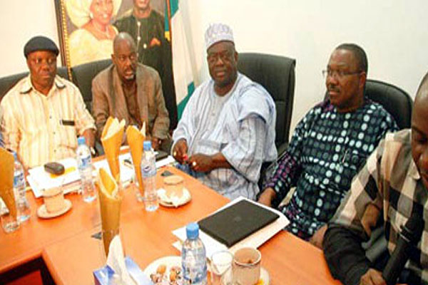 Governors support plans to increase electricity tariff