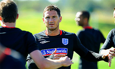 Lampard injures thigh in training