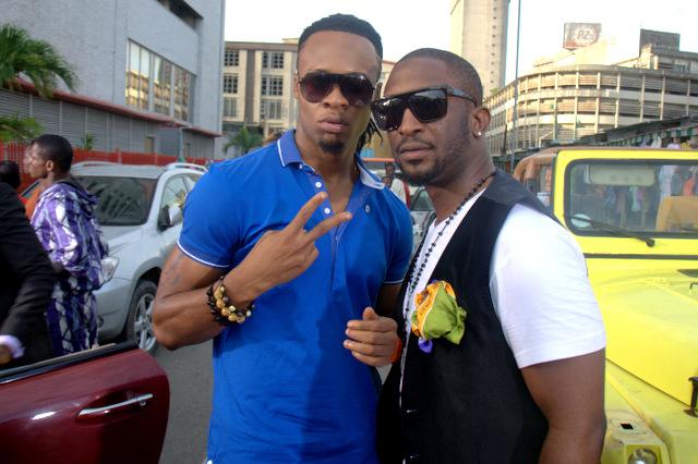 Darey features Flavour in Sisi Eko remix