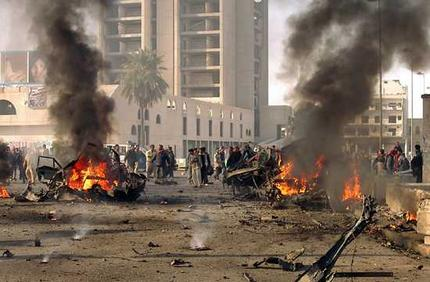 Bomb kills 3, wounds 14 in Baghdad