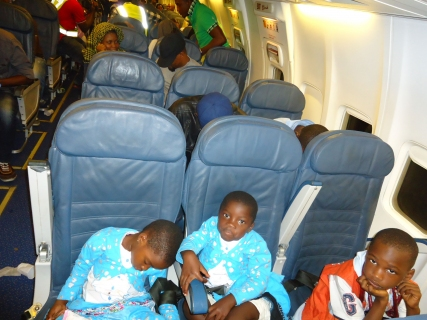 FG evacuates 111 Nigerians from Libya