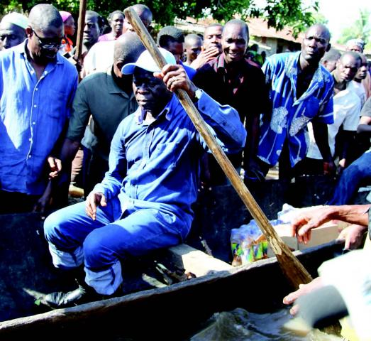 Flood: Oshiomhole demands expedient use of Ecological Fund