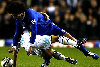Fellaini injury a chance for QPR against Everton – Hughes