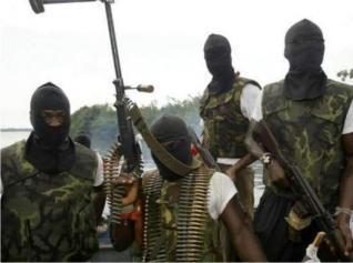 Sudan rebels resume shelling around oil state capital