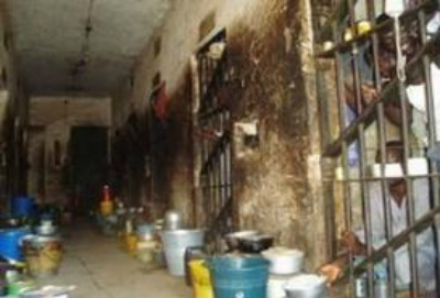 Jail Break: 20 Prisoners Escape From Sagamu Prison