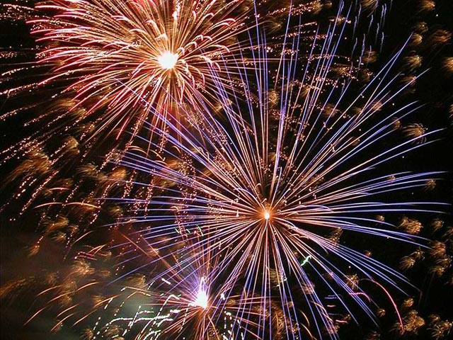 2013: The World Ushers In New Year With Fireworks