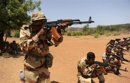 Malian Army Heads For Rebel-Held Northern Town of Kidal