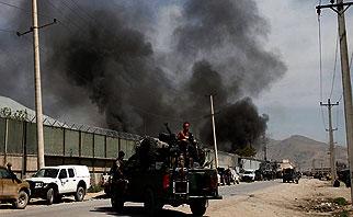 Taliban Gunmen Storm Pakistan Prison, Free Hundreds