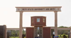 Fayemi Approves Installment Payment of School Fees in State's University