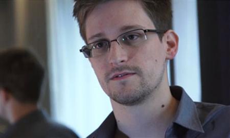 Russia Defiant As U.S. Raises Pressure Over Snowden