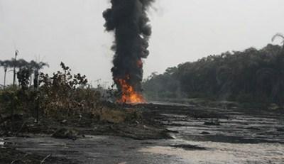 NNPC Pipeline On  Fire In Ijegun