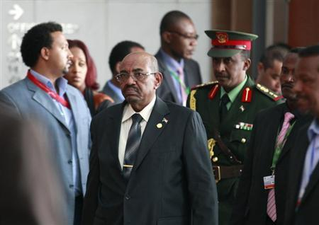 Bashir threatens again to stop oil exports from South Sudan