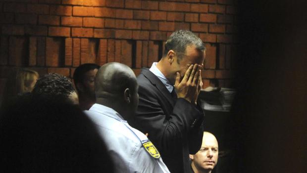 Oscar Pistorius Vomits During Trial