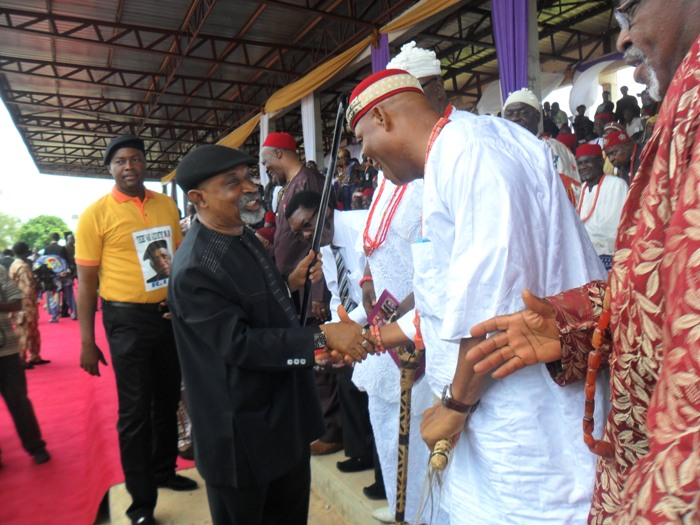 Ngige Visits Anambra Monarchs, Seeks Blessings To Run For Governor
