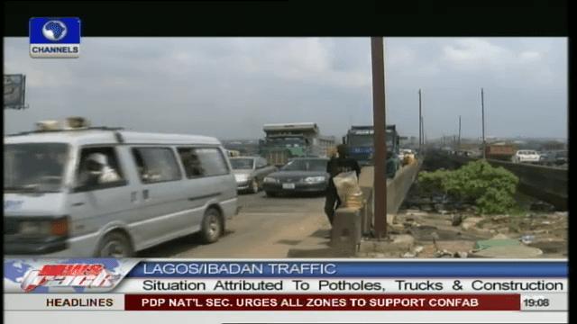 Commuters Spend Hours On Lagos/Ibadan Expressway Massive Traffic