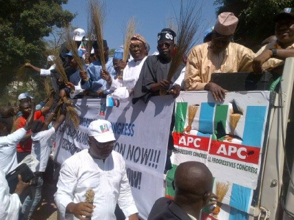 Buhari, Tinubu, Akande Lead APC Protest TO INEC Headquarters