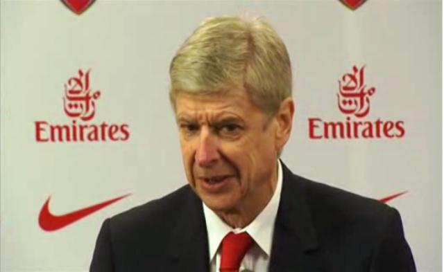 Arsene Wenger Speaks About The Future Of Defender Bacary Sagna