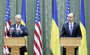 U.S. Vice President Joe Biden and Ukraine's Prime Minister Arseny Yatseniuk attend a media briefing in Kiev