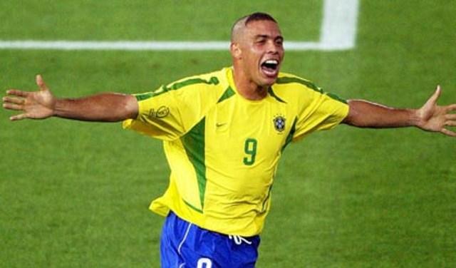 Ronaldo Supports Brazil's 'Genuine' World Cup Protesters