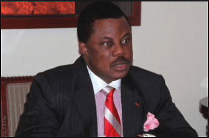 Obiano Assists In Accident Victims Rescue At Amawbia