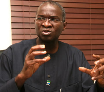 Fashola Meets APC Governorship Primaries Contestants, Urges Support For Ambode