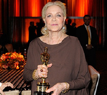 Legendary Actress Lauren Bacall Dies At 89