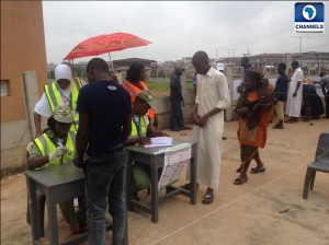 Voters get accredited before voting