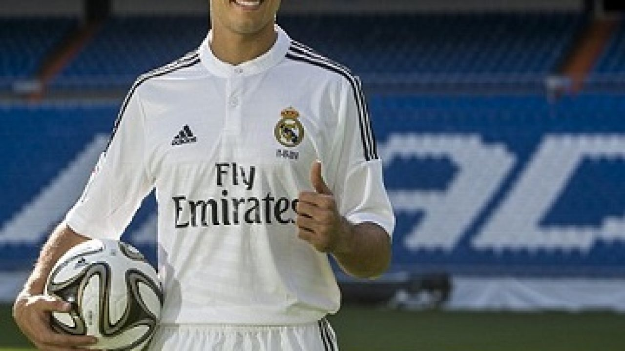size 40 78c55 92fa2 Real Madrid Sign Javier Hernandez On Loan From Manchester ...