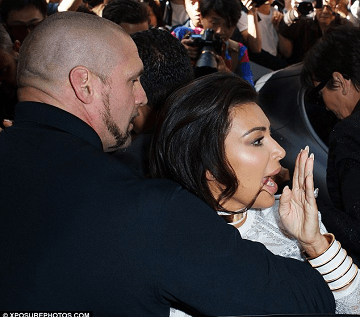 Kim Kardashian Becomes Victim Of Popular Prankster In Paris