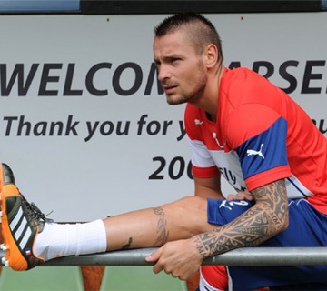 Debuchy Undergoes Surgery To Left Ankle
