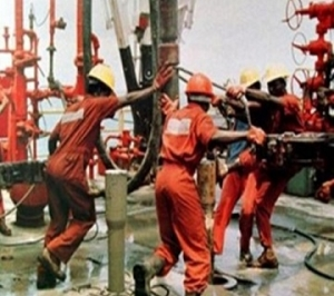 Oil_workers