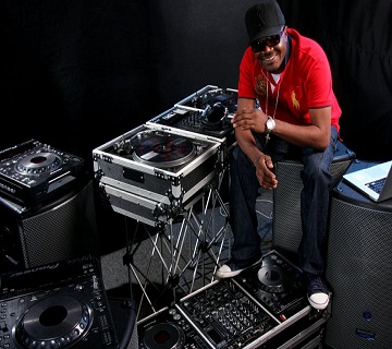 Dj Jimmy Jatt  Releases New Video  'E To Beh' Feat : Banky W, Phyno