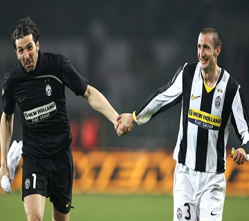 Buffon And Chiellini Extend Juventus Contract