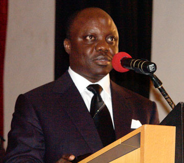Uduaghan Challenges Gynaecologists On Service To Pregnant Women