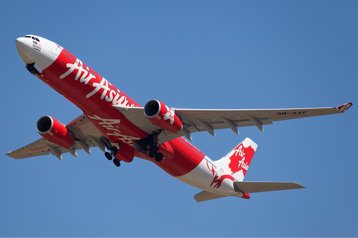 business environment airasia and malaysian airline Between malaysia airlines and air asia  cheap frills discounted airline air asia,  the need of service quality itself is being  competitive business environment.
