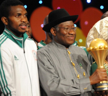 Joseph Yobo Endorses Jonathan For Second Term