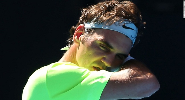 Wimbledon: Federer Cruises To Semis, To Face Murray