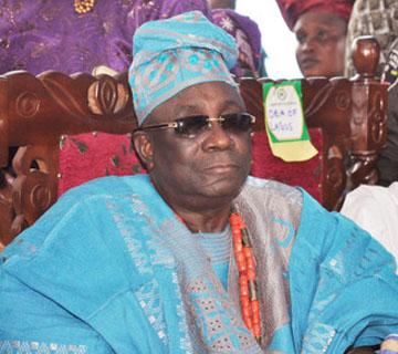 Oba Of Lagos Calls For Peaceful 2015 Elections