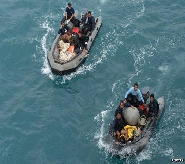 AirAsia QZ8501: Pings Detected In Hunt For Plane's Blackbox