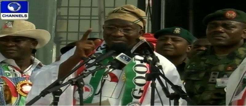 Jonathan Kicks Off Campaign In Lagos