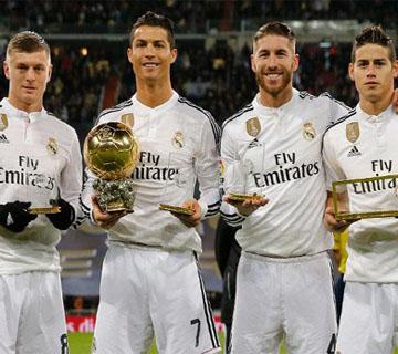 Cristiano Ronaldo Celebrates Ballon d'Or with the Bernabéu Fans