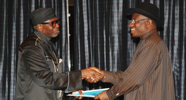 Jonathan Receives 2014 Pilgrims Report