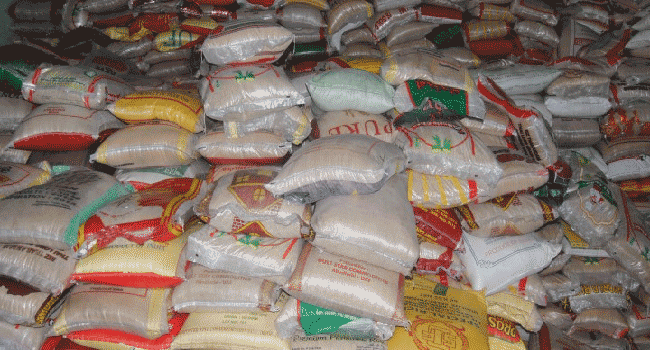 Customs Discover Bags Of Plastic Rice, Warns Nigerians To Be Vigilant