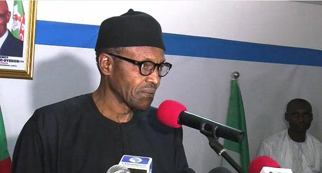 Buhari Rejects Devaluation, Says 'I Won't Kill The Naira'